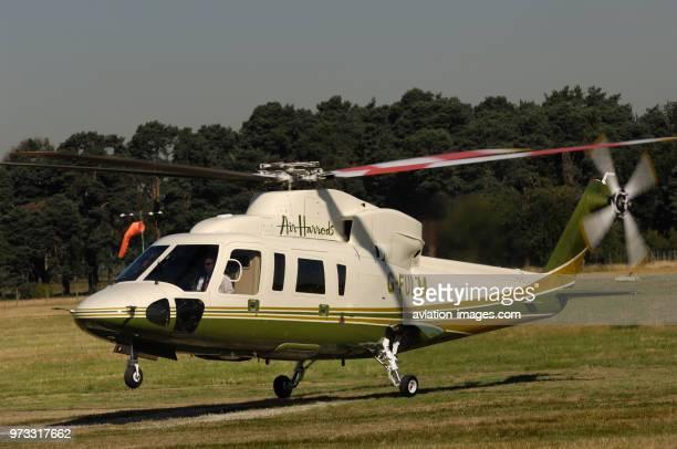 Air Harrods Sikorsky S76C landing