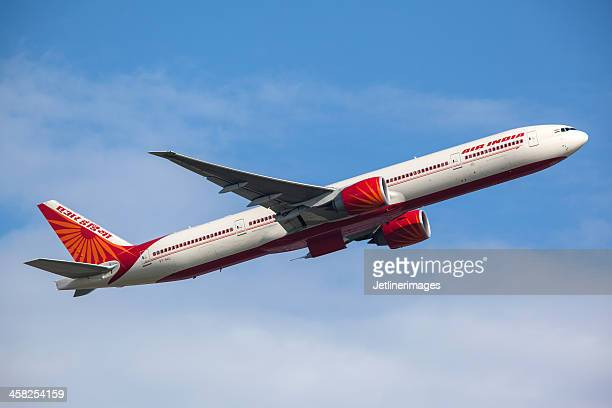 air india boeing 777-300er - flying stock pictures, royalty-free photos & images