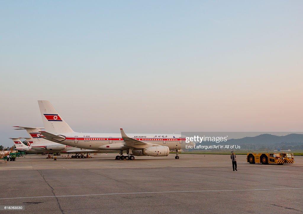 Air koryo plane at pyongyang airport, North korea : News Photo