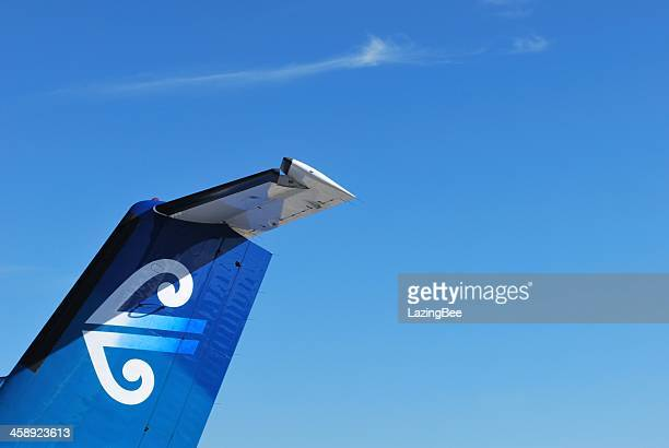 air new zealand aeroplane tail and logo - vertical stabilizer stock pictures, royalty-free photos & images