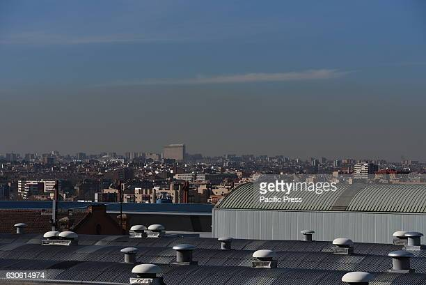 Air pollution hits in Madrid reaching dangerous levels for human health by the very high concentration of nitrogen dioxide due to high temperatures...