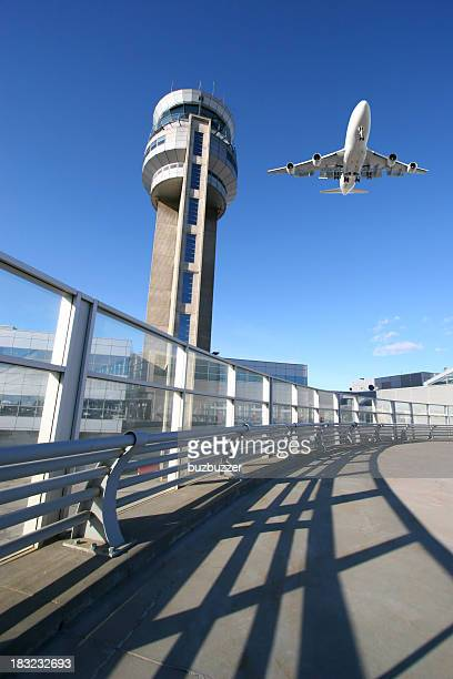 air traffic control tower - buzbuzzer stock pictures, royalty-free photos & images