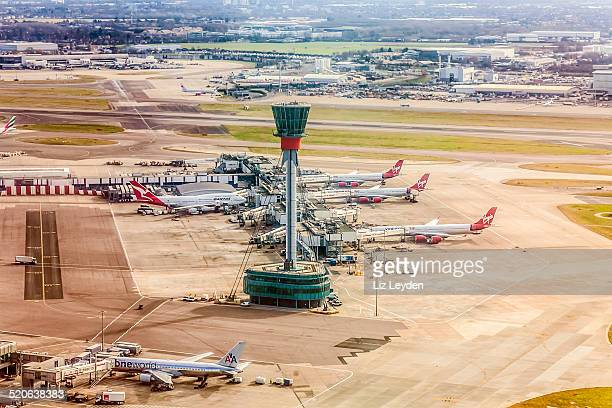 air traffic control tower / visual control room, heathrow airport, london - heathrow airport stock pictures, royalty-free photos & images