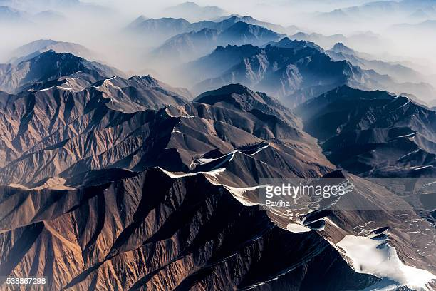 air view , pakistan mountains along the way to osaka - pakistan stock pictures, royalty-free photos & images