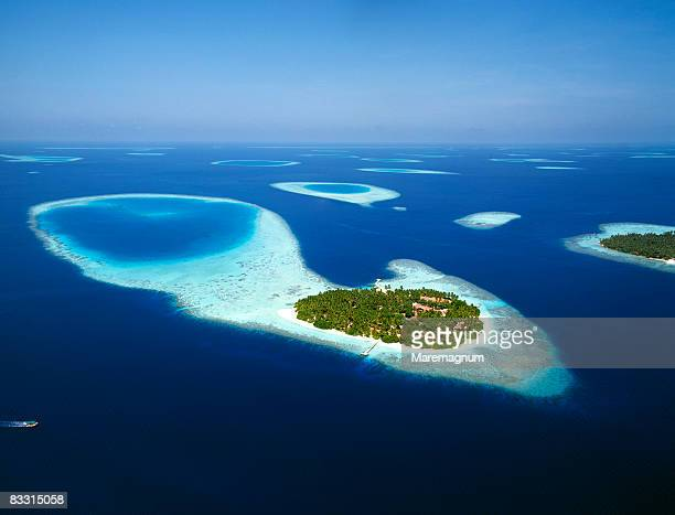 air view - maldives stock pictures, royalty-free photos & images