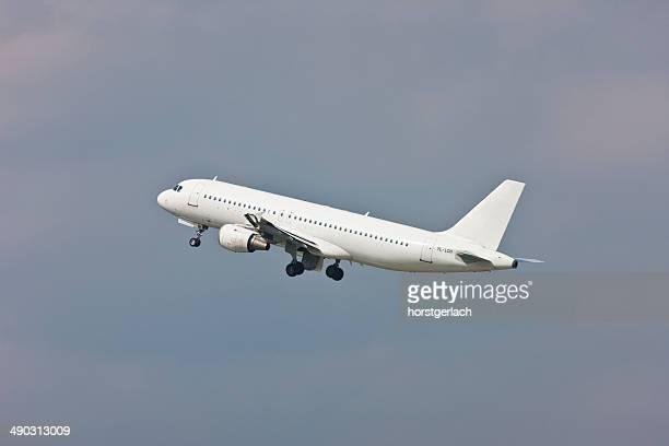 Airbus A319 take off from Düsseldorf International Airport