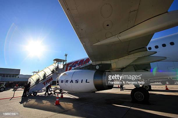 TAM AirBus A320 Aeroporto Hercílio Luz Chico Ferreira