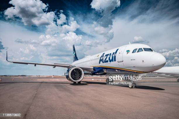 airbus a320neo - pr-yrh - azul linhas aéreas - during the party ceremony - azul 10 years - a320 stock pictures, royalty-free photos & images