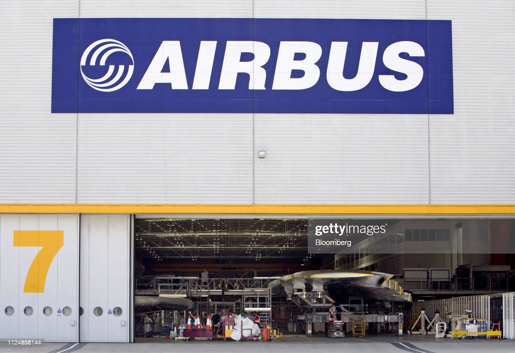 File: Airbus Kills The A380, The World's Largest Passenger Plane : News Photo