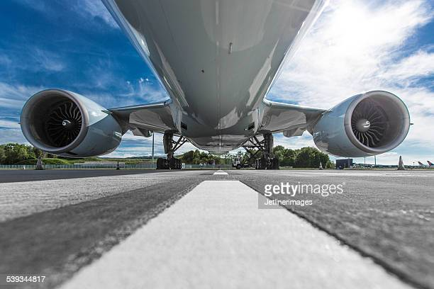 aircraft fuselage - fuselage stock pictures, royalty-free photos & images