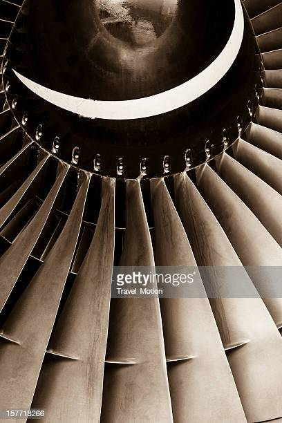 Avion jet engine turbine, sépia