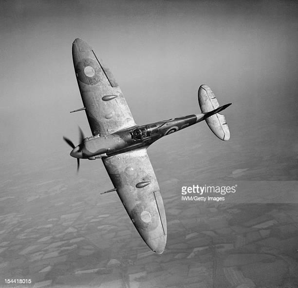 Aircraft Of The Royal Air Force 19391945 Supermarine Spitfire Spitfire Mark VB R6923 'QJS' of No 92 Squadron RAF based at Biggin Hill Kent banking...