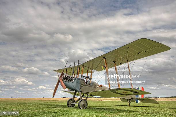 be2 aircraft on the ground - ww1 aircraft stock pictures, royalty-free photos & images