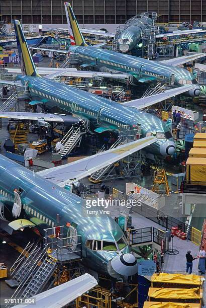 Aircraft production, Boeing 757 passenger aircraft assembly line