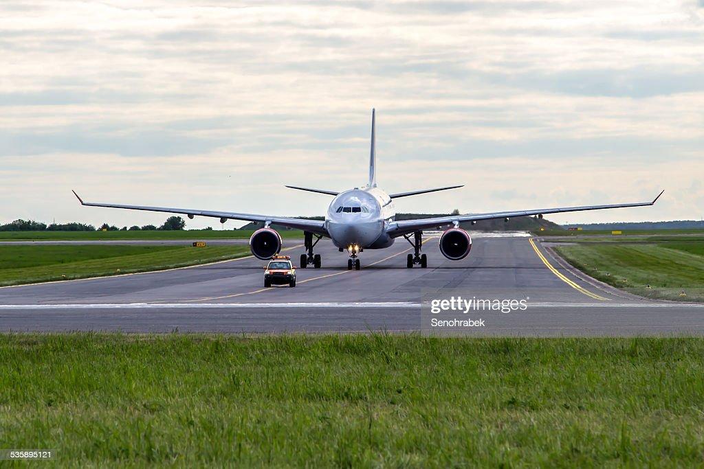 Aircraft taxiing : Stock Photo