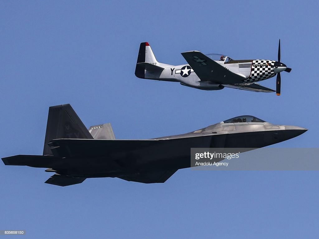 59th Chicago Air and Water Show : News Photo