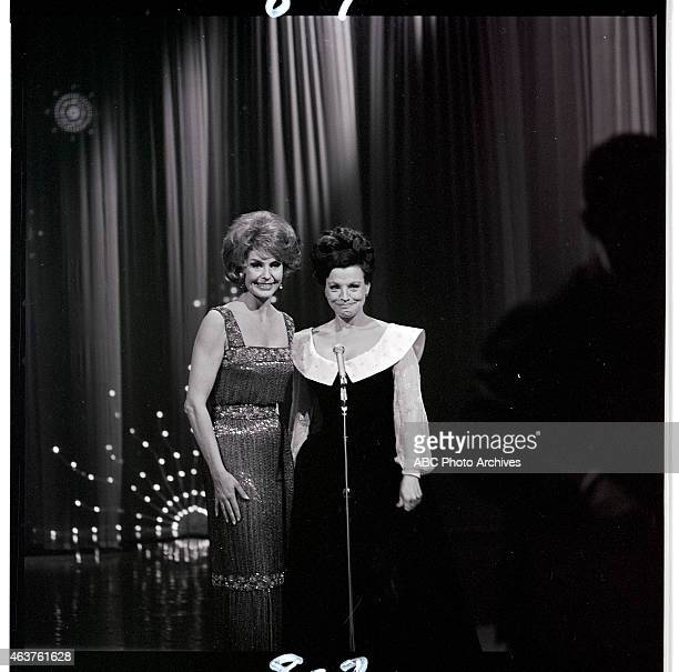 Airdate: January 30, 1965. L-R: HOST CYD CHARISSE;KAY STARR