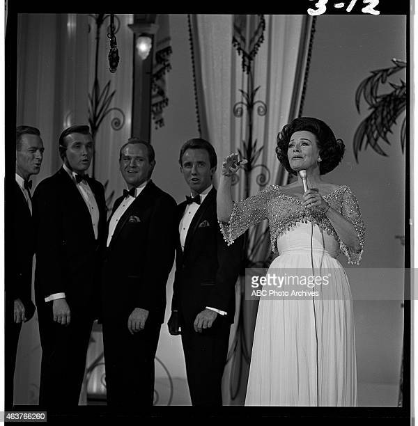 Airdate: November 6, 1965. KAY STARR WITH CHORUS