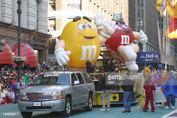 S 77TH THANKSGIVING DAY PARADE Aired Pictured MM falloon float at the 2003 Macy's Thanksgiving Day Parade Photo by NBCU Photo Bank