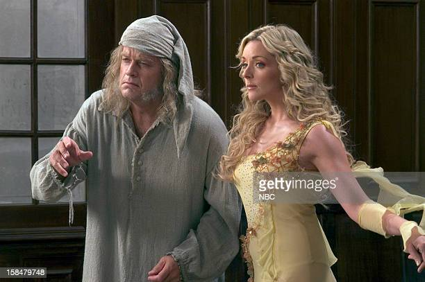 Kelsey Grammer as Ebenezer Scrooge Jane Krakowski as Ghost of Christmas Past/Streetlamp Lighter