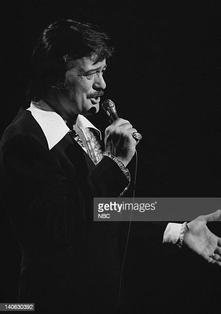 Robert Goulet Photo by Gary Null/NBCU Photo Bank