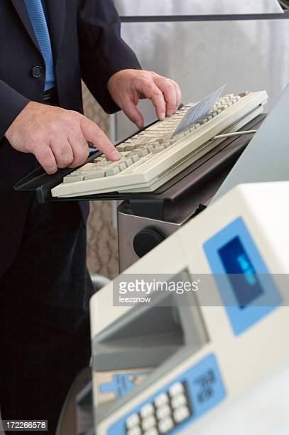 Airline Ticket Agent