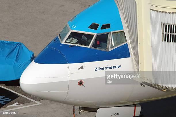 """klm avión en la puerta - """"sjoerd van der wal"""" or """"sjo"""" fotografías e imágenes de stock"""