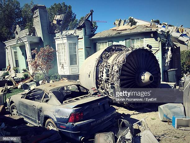 airplane crashed on house - airplane crash stock pictures, royalty-free photos & images