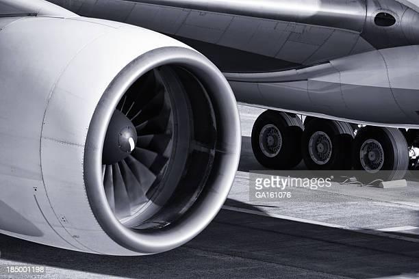 航空機エンジン