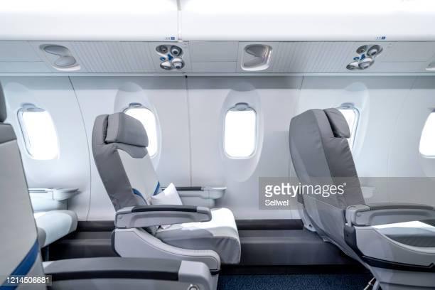 airplane interior - voertuiginterieur stockfoto's en -beelden