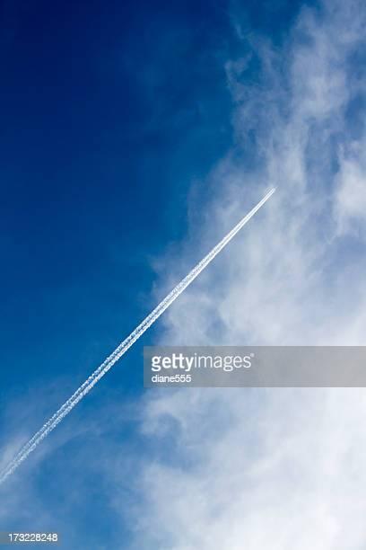 Coupe avion Jet dans le ciel