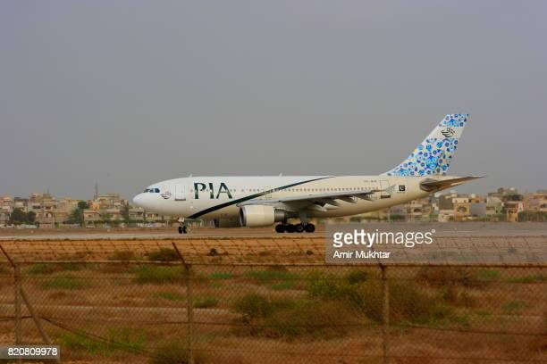 airplane - pia stock pictures, royalty-free photos & images
