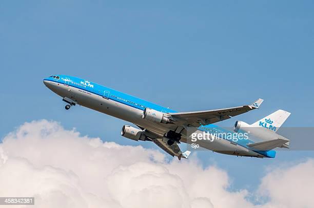 KLM 飛行機の離陸する
