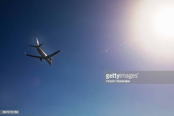 Airplane which solar light reflects