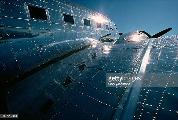Airplane wing and fuselage