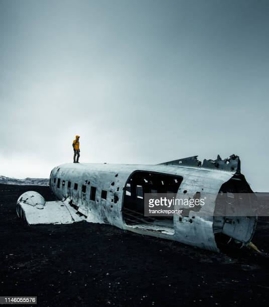 airplane wreck in iceland on a moody day - crash site stock pictures, royalty-free photos & images