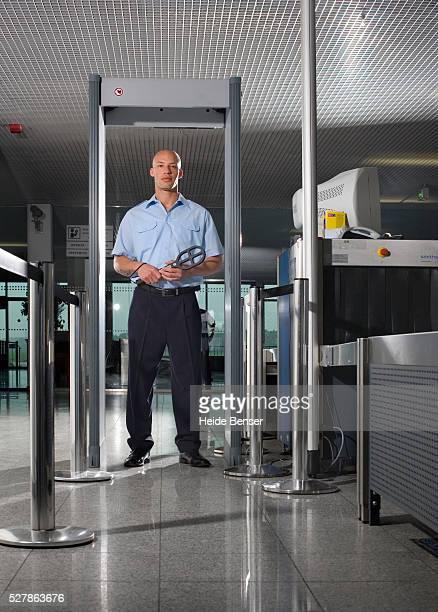 Airport Baggage Screener