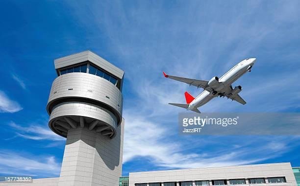 Flughafen control tower, Passagier Flugzeug