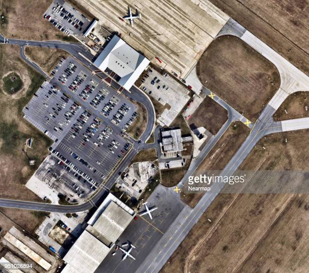 airport in delaware, united states - airfield stock pictures, royalty-free photos & images