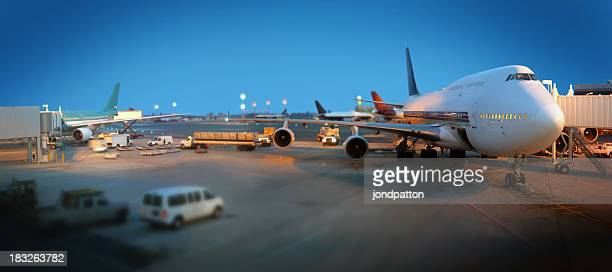 airport - aircraft stock photos and pictures