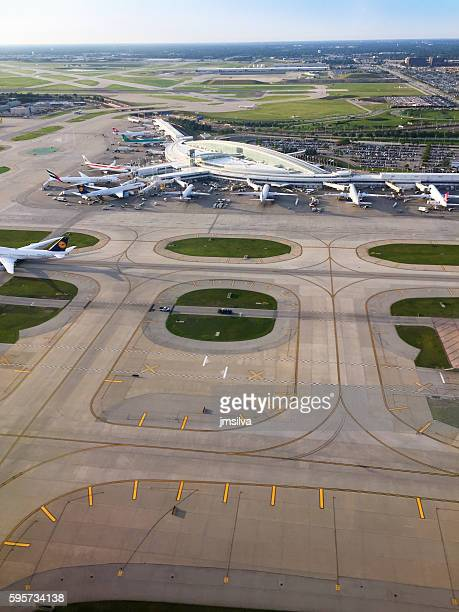 airport - ohare airport stock pictures, royalty-free photos & images