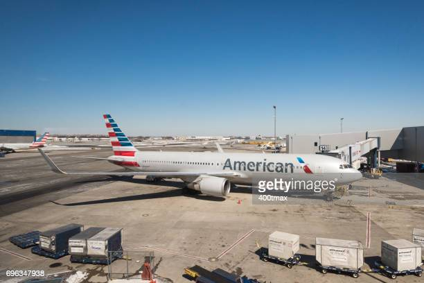 jfk airport - american airlines stock pictures, royalty-free photos & images