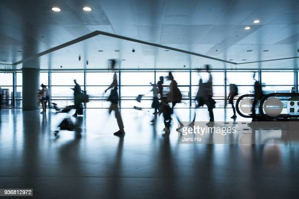 airport - airport tarmac stock pictures, royalty-free photos & images