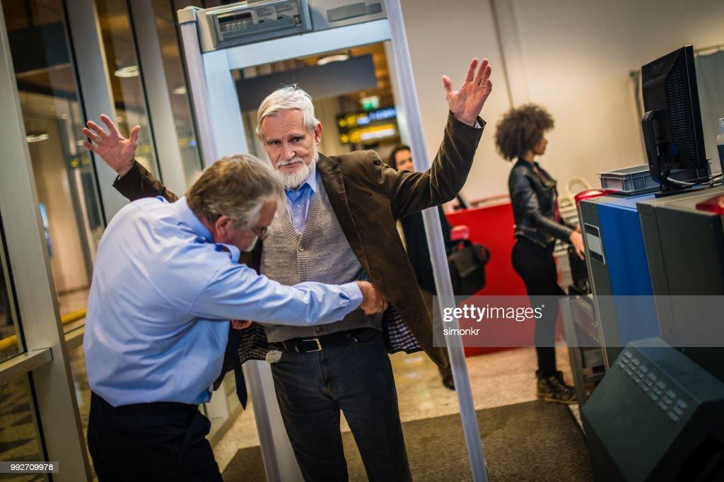 Aeropuerto de verificación de seguridad : Foto de stock
