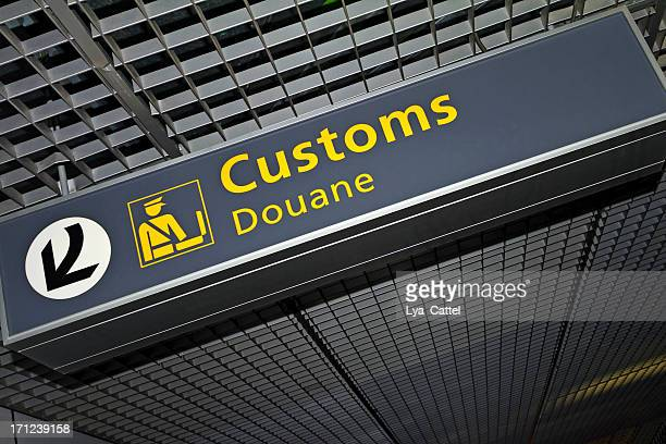 airport sign # 62 xl - customs stock pictures, royalty-free photos & images