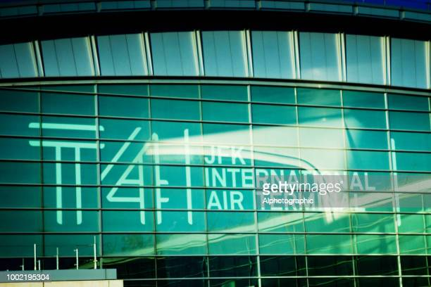 jfk airport terminal 4 - kennedy airport stock pictures, royalty-free photos & images