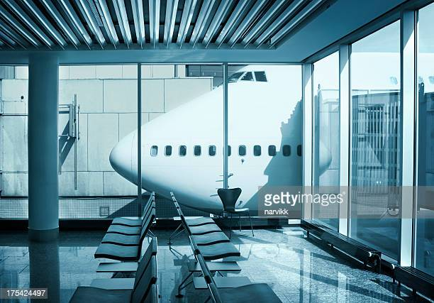 airport terminal - frankfurt international airport stock pictures, royalty-free photos & images