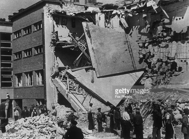 Airraid bomb damage in Warsaw after the German invasion Note the pictures still on the wall