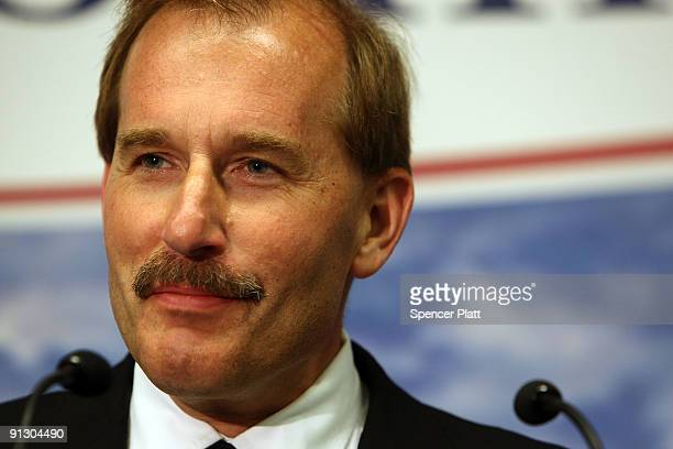 Airway copilot Jeffrey Skiles attends a a news conference with pilot Chesley Sully Sullenberger at LaGuardia Airport on Sullenberger`s first official...