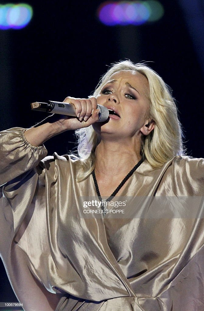 Aisha from Latvia performs the song 'What For?' during the semi-finals of the Eurovision Song Contest in Telenor Arena in Baerum, Norway, on May 25, 2010. The 55th Eurovision Song Contest finale will take place on May 29 in the Telenor Arena in Oslo, after Norwegian Alexander Rydbak took the top prize in Moscow last year with his song 'Fairytale'. AFP PHOTO/SCANPIX/Cornelius Poppe ==NORWAY